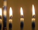 Channukah_candles_close_1